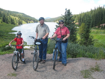 Picture of the family at the top of Vail Pass